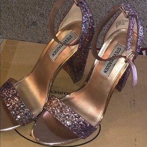 Size 8 Steve Madden heel